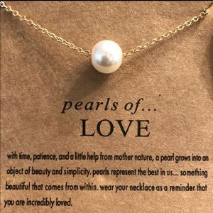 Pearle of Love necklace